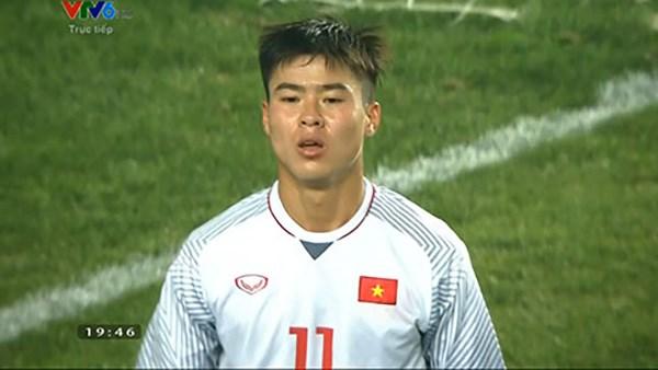 Duy Mạnh cũng bị thương ở mũi (ảnh Football-Tribe).