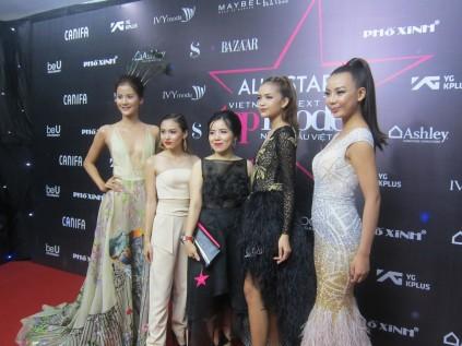 Giải trí - Dàn sao lộng lẫy trên thảm đỏ chung kết 'Vietnam's Next Top Model '2017  (Hình 2).