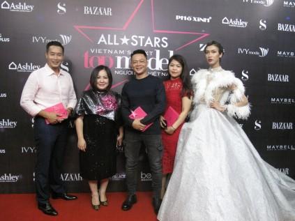 Giải trí - Dàn sao lộng lẫy trên thảm đỏ chung kết 'Vietnam's Next Top Model '2017  (Hình 7).