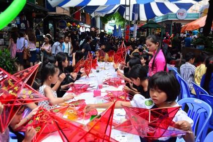 Chính trị - Xã hội - 'Trung Thu mơ ước'' lần 2: Lễ hội dành cho các em nhỏ khó khăn (Hình 4).