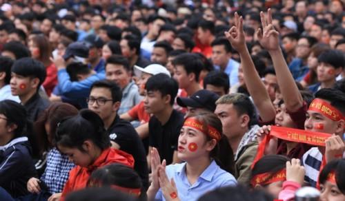 Giáo dục - Nhiều trường đại học dời lịch thi, hoãn học để SV cổ vũ U23 Việt Nam