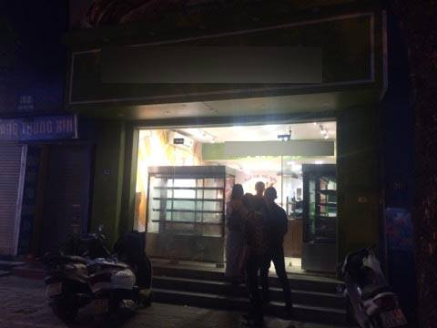 Tin nhanh - Hà Nội: Nữ nhân viên đột tử trong tiệm bánh ngọt