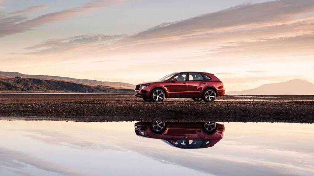 Thị trường xe - Bentley ra mắt siêu SUV Bentayga V8 tăng áp kép (Hình 4).