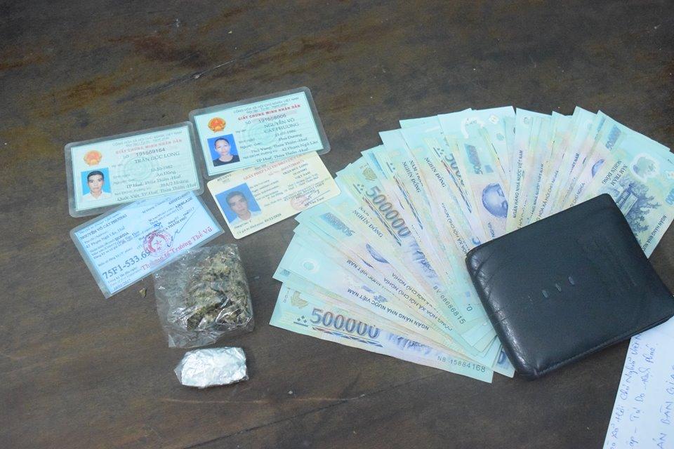 An ninh - Hình sự - Huế: Bắt đối tượng 'cõng' tiền án, tàng trữ trái phép chất ma túy (Hình 2).
