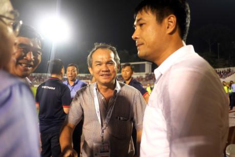 Thể thao - 'HLV nội không đủ dũng cảm dẫn dắt đội tuyển Việt Nam'