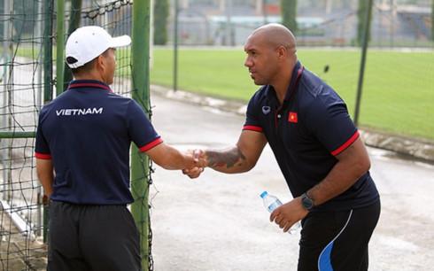 Thể thao - HLV từ Premier League giúp được gì cho thủ môn ĐT Việt Nam?