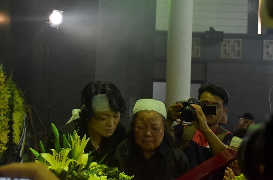 Nghẹn ngào xúc động lễ tang nhà giáo Văn Như Cương - Hình 3