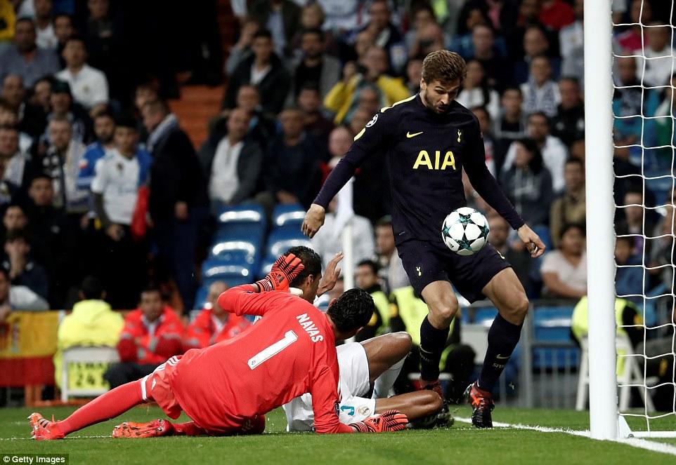 Real Madrid 1-1 Tottenham: Lloris, Navas lu mờ Ronaldo, Kane - Hình 19