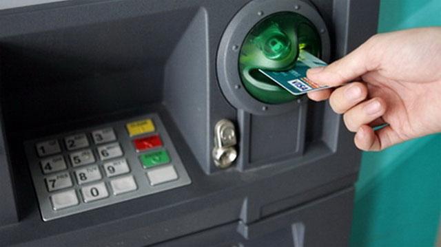 Tài chính - Ngân hàng - Thẻ tín dụng có thể chỉ được rút tối đa 5 triệu đồng một ngày
