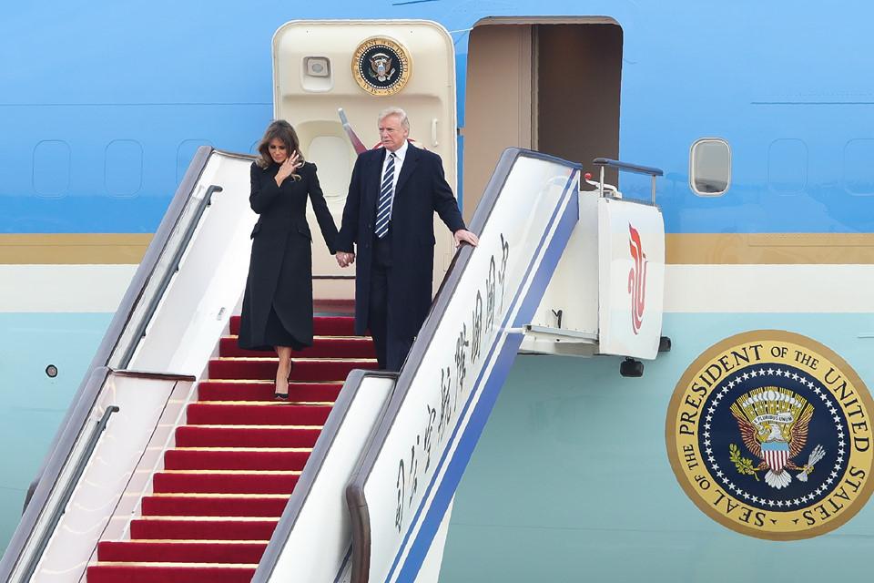 Những khoảnh khắc đặc biệt của Tổng thống Trump trên đường công du châu Á - Hình 19
