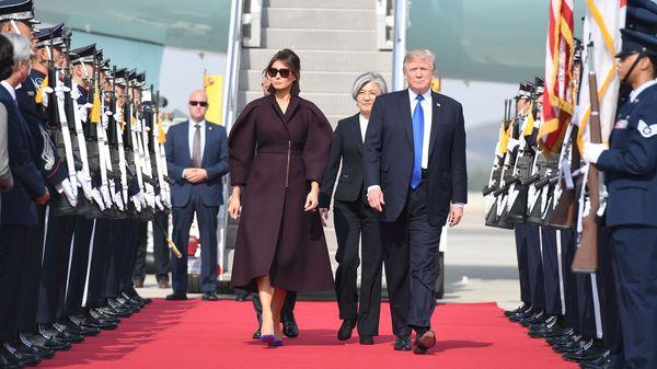 Những khoảnh khắc đặc biệt của Tổng thống Trump trên đường công du châu Á - Hình 12
