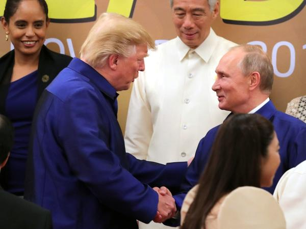 Tiêu điểm -   Điện Kremlin phản ứng khi hai Tổng thống Nga-Mỹ không gặp riêng bên lề APEC