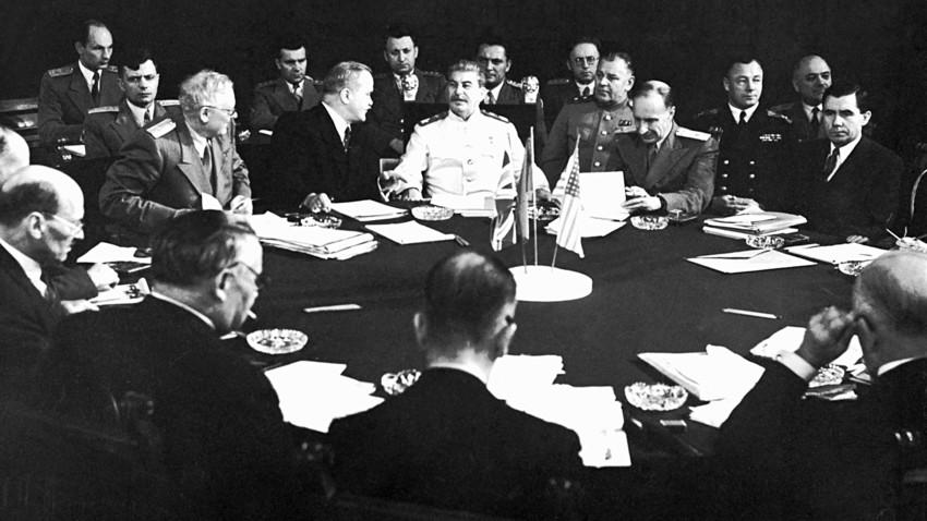 Hồ sơ - Liên Xô từng có ý định gia nhập NATO như thế nào?