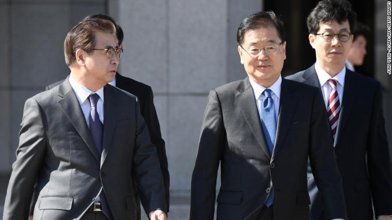 Tiêu điểm - Ông Kim Jong-un lần đầu gặp trực tiếp quan chức Hàn Quốc