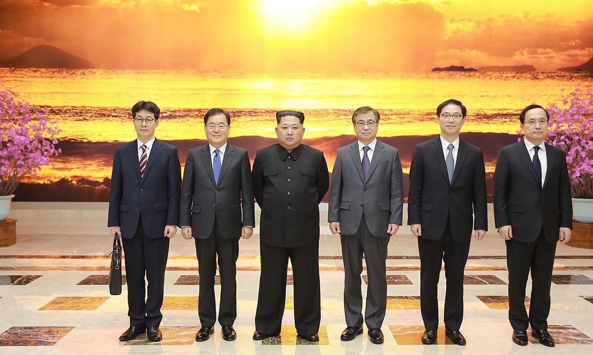 Tiêu điểm - Điều gì khiến ông Kim Jong-un bất ngờ muốn gặp Tổng thống Hàn Quốc?