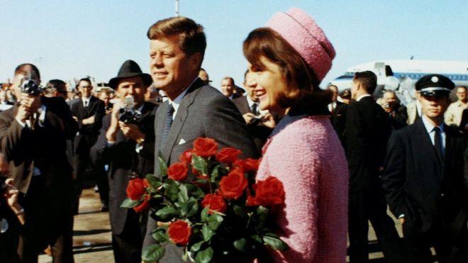 Hồ sơ - Bí ẩn cuộc gọi 25 phút trước khi cựu TT Kennedy bị ám sát và 5 thuyết âm mưu
