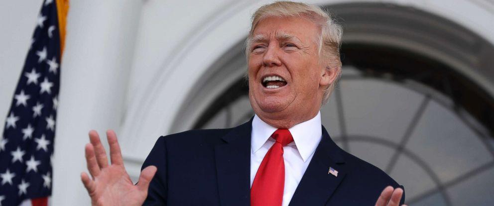 """Hồ sơ - Giải mã bộ """"tài liệu tuyên truyền"""" được chuyển đến Tổng thống Trump"""