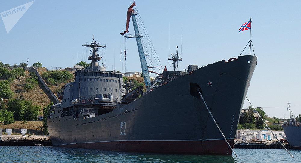 Quân sự - Bí ẩn con tàu Nga chở đầy thiết bị quân sự tiến về Syria