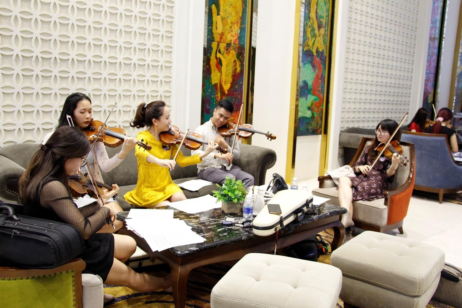 Giải trí - Anh tài hội tụ trong ngày tuyển chọn của Sun Symphony Orchestra (Hình 4).