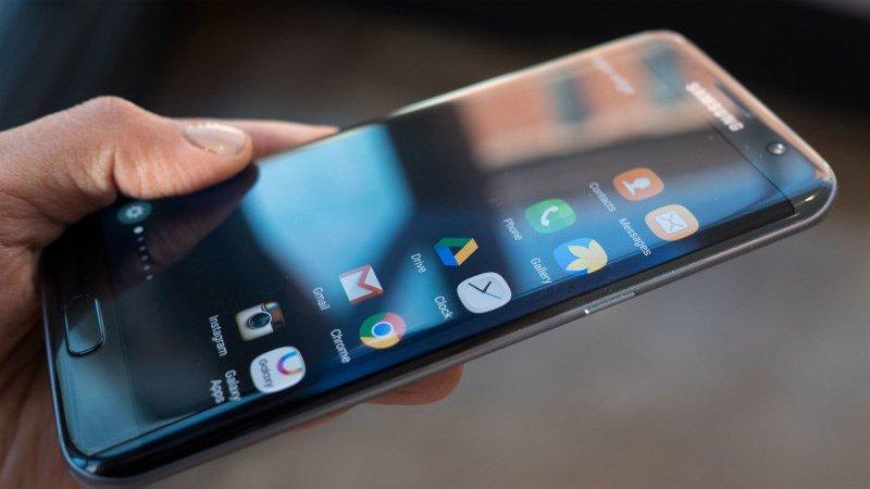 Công nghệ - Màn hình dẻo liệu có là tương lai hứa hẹn của smartphone?