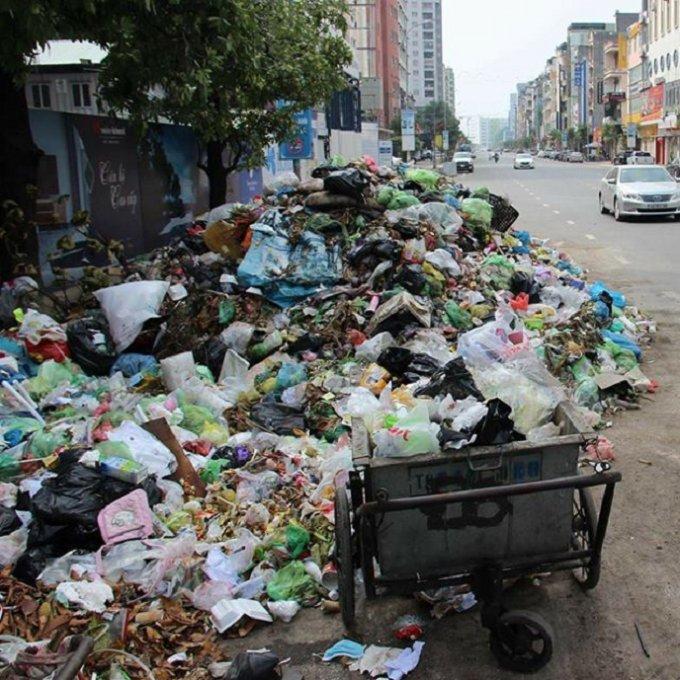 Điểm nóng - Rác tràn ngập TP.Hạ Long: Đã đạt được sự đồng thuận với đơn vị xử lý rác thải (Hình 2).