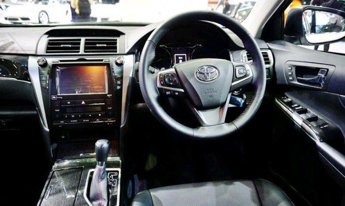 Xe++ - Toyota Camry bản thể thao 2.0G Extremo có giá từ 1,04 tỷ đồng (Hình 3).