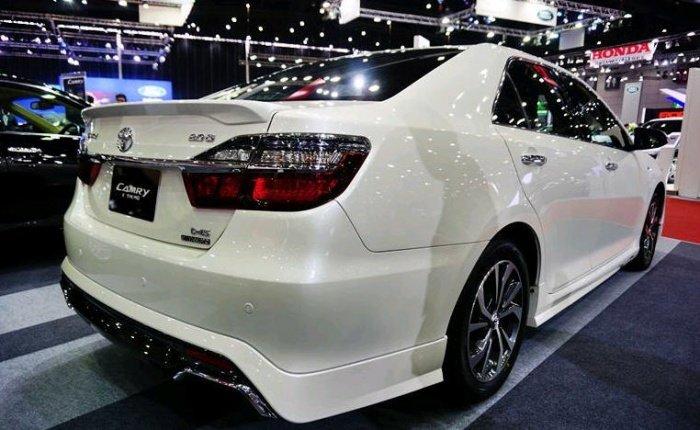 Xe++ - Toyota Camry bản thể thao 2.0G Extremo có giá từ 1,04 tỷ đồng (Hình 2).