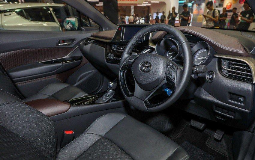 Xe++ - Toyota C-HR có giá bán hơn 800 triệu đồng tại Malaysia (Hình 5).