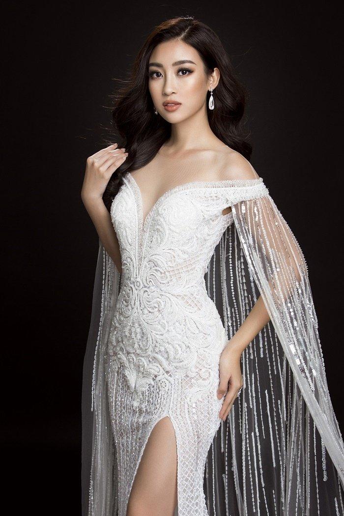 Ngôi sao - Những bộ cánh lộng lẫy của Mỹ Linh tại Hoa hậu Thế giới 2017 (Hình 6).
