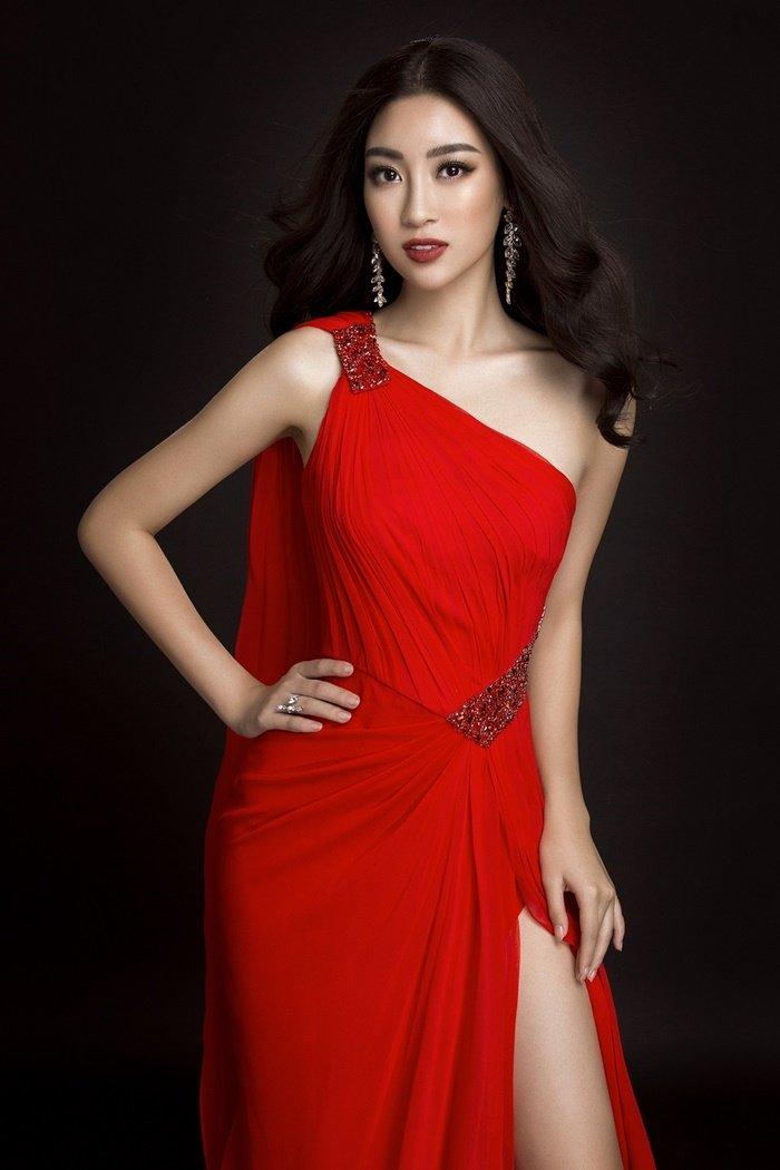 Ngôi sao - Những bộ cánh lộng lẫy của Mỹ Linh tại Hoa hậu Thế giới 2017 (Hình 3).
