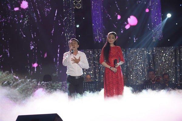 TV Show - Quang Lê bực mình vì Minh Luân và Jang Mi chỉ lo nhìn nhau, quên khán giả (Hình 5).
