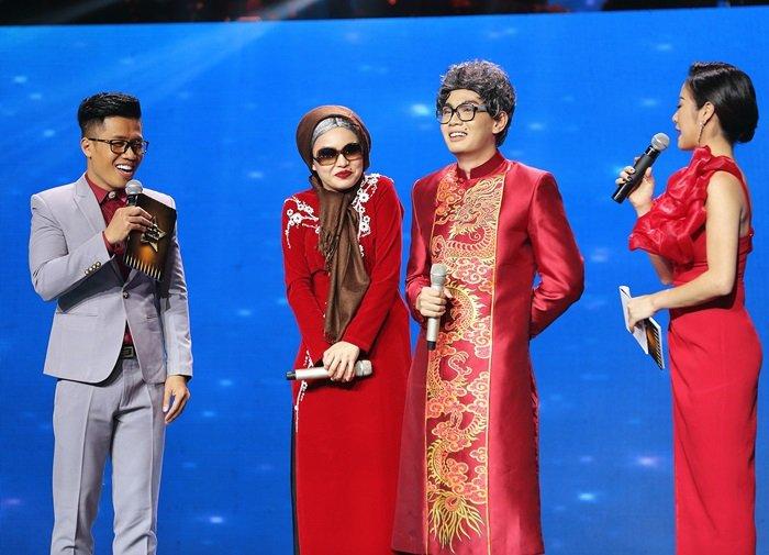 TV Show - Giang Hồng Ngọc, Đào Bá Lộc quấn quýt ở hậu trường