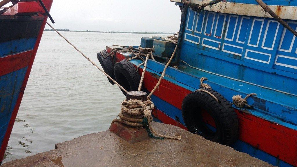 Chính trị - Xã hội - Nghệ An: Vẫn còn 887 tàu thuyền chưa về đến nơi an toàn (Hình 2).