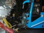 Tin nhanh - Tai nạn giao thông khiến 1 người chết, nhiều hành khách bị thương
