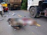 Xã hội - Hoà Bình: Xe máy va chạm xe buýt hai anh em ruột thương vong