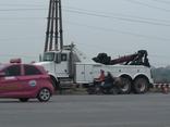 Mới- nóng - Clip: Xe cẩu trọng tải lớn giá 22 tỷ đồng tại BOT Quốc lộ 5