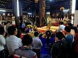 Xã hội - Đi lễ chùa đầu năm, bẻ lộc có đem lại vận may?