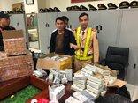 An ninh - Hình sự - Quảng Ninh: Phát hiện ô tô biển giả, vận chuyển hàng trăm điện thoại lậu