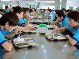 Chính trị - Xã hội - TP.HCM: Chung tay 'đánh bật' thực phẩm bẩn ra khỏi suất ăn của công nhân