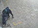 Video - Clip: Trộm bẻ khóa, 'cuỗm' xe Air Blade trong vòng chưa đầy 10 giây