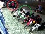 Video - Clip: Màn dàn cảnh lừa bảo vệ để trộm xe máy nhưng bất thành