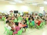 Chính trị - Xã hội - Hà Nội: Ngăn dịch sốt xuất huyết, nhiều trường lắp lưới chắn côn trùng