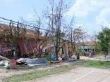 Mới- nóng - Clip: Trường học ở Phú Yên vẫn tan hoang 10 ngày sau bão số 12