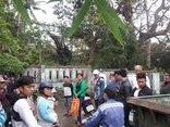 Tin nhanh - Đà Nẵng: Bị cấm tắm, hàng trăm hộ dân tập trung phản đối