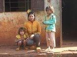 Gia đình - Mong ước một bữa no của 3 chị em mồ côi giữa đại ngàn heo hút