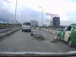 Video - Clip: 5 pha tai nạn giao thông may mắn thoát chết đến khó tin