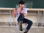 Video - Clip: Nam sinh gây chú ý với bản cover 'Em gái mưa' bằng sáo trúc