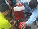 Dân sinh - Trải lòng của người trực tiếp phun thuốc muỗi dập ổ sốt xuất huyết