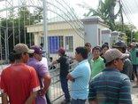 Tiêu dùng & Dư luận - BOT Sóc Trăng 'dậy sóng': Hàng chục tài xế vây cổng nhà điều hành