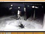 An ninh - Hình sự - Xác minh nhóm côn đồ đập phá tài sản, ném chất bẩn vào nhà người dân